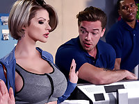 Joslyn James  Kyle Mason in Let Me Fuck Your Manager - BrazzersNetwork